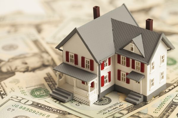 are there companies that buy houses for cash